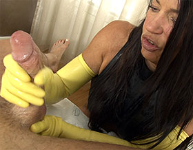 POV handjob with long latex gloves-Picture3
